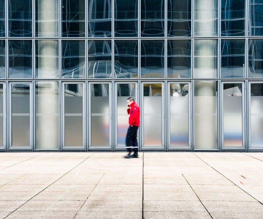 sécurité pompier agent accueil surveillance contrôle batiment accès vigipirate vigilant immeuble bureau